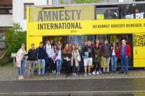 Amnesty-Mobil machte Station in Cham - Erfolgreiche Zusammenarbeit mit FOS BOS Cham